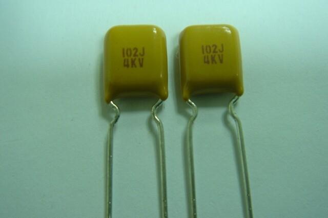 R90/NPO/102J/4000V