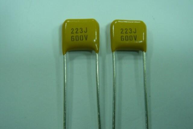 R10/NPO/223J/600V